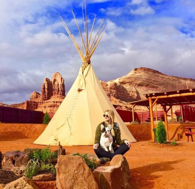 Spent two nights in a tipi campground with our pups run by a super kind Navajo family just outside the park.